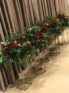 Аренда стойки под цветы